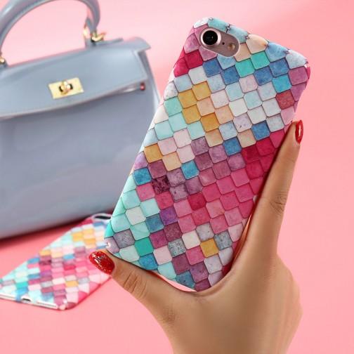 Plastový kryt pro iPhone 6/6s barevné trojúhelníky